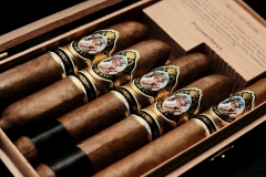Arturo Fuente God Of Fire Serie Aniversario Assortment